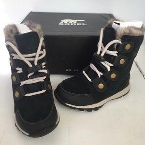 Toddler Sorel boots size 8